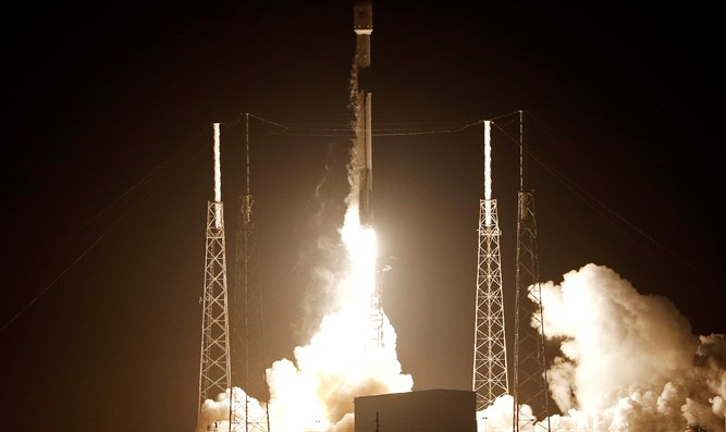 Rocket carrying Beresheet spacecraft lifts off in Cape Canaveral